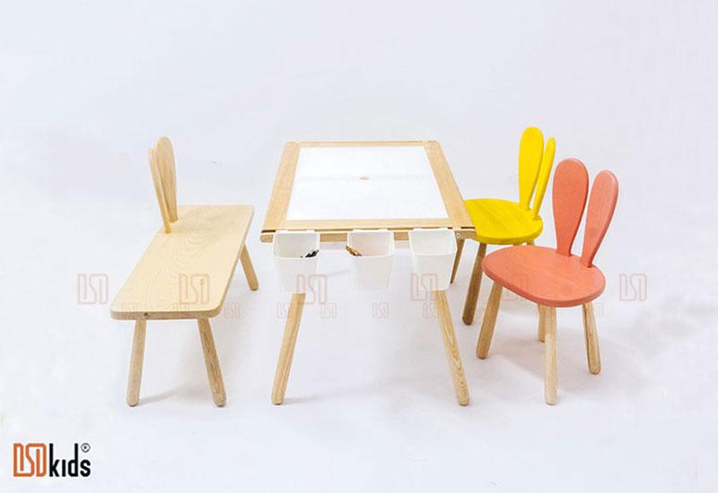 Ghế gỗ cho trẻ em
