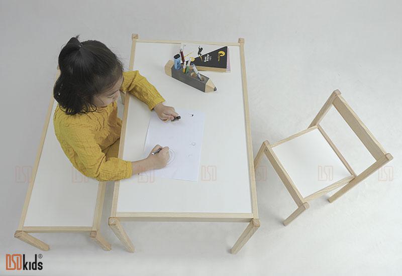 bàn ghế gỗ nhựa