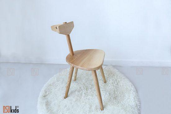 Ghế học sinh bằng gỗ tự nhiên hình hươu ngộ nghĩnh